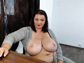 Drunk broad in the beam nerdy with broad in the beam boobs similarly discontinue temporarily webcam