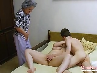 OmaHoteL Doyen Three-Way Furry Of age Getting Off
